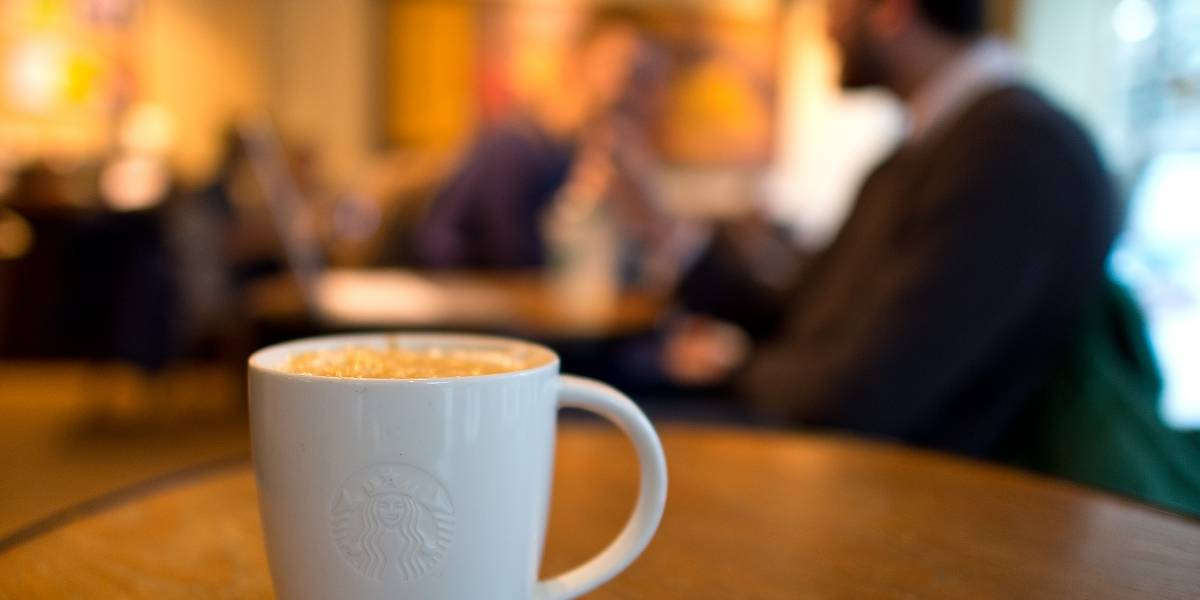 La pequeña tienda que está matando al gigante de Starbucks en Colombia