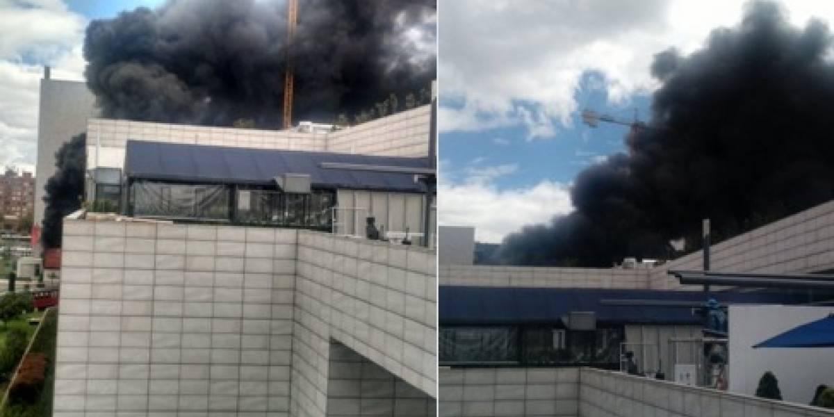Se presenta incendio por centro comercial Gran Estación