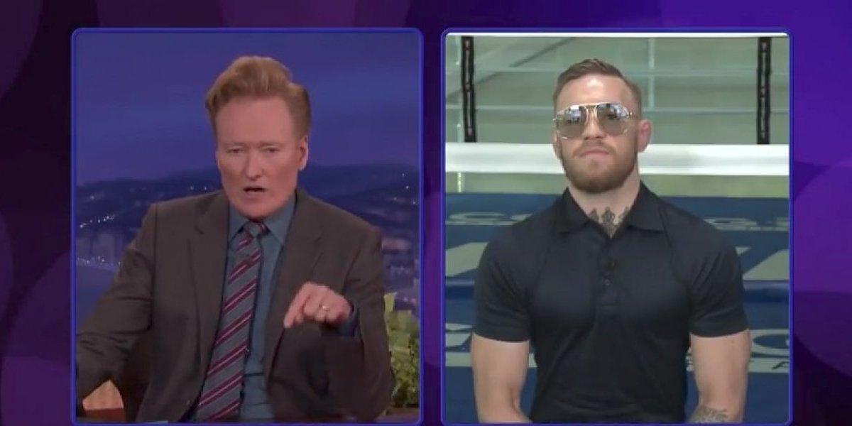 Noquearé a Mayweather: McGregor, durante el programa de Conan O'Brien