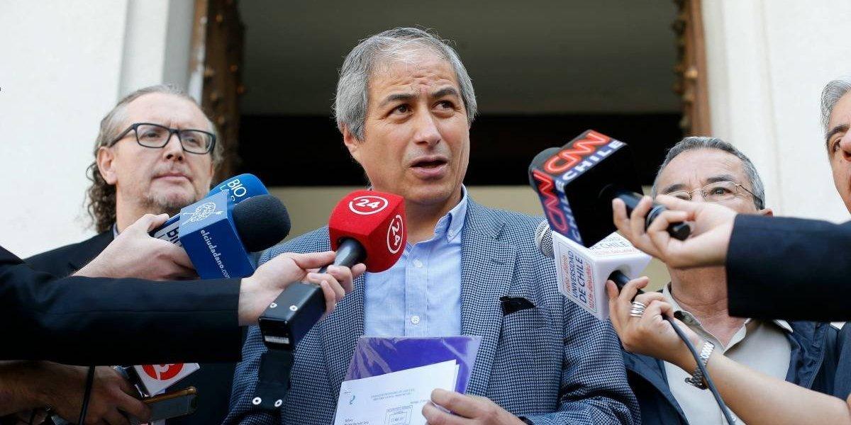 """La """"deuda histórica"""" el gran punto de discordia: Colegio de Profesores anuncia paralización de 48 horas tras """"pobre"""" respuesta del Mineduc"""