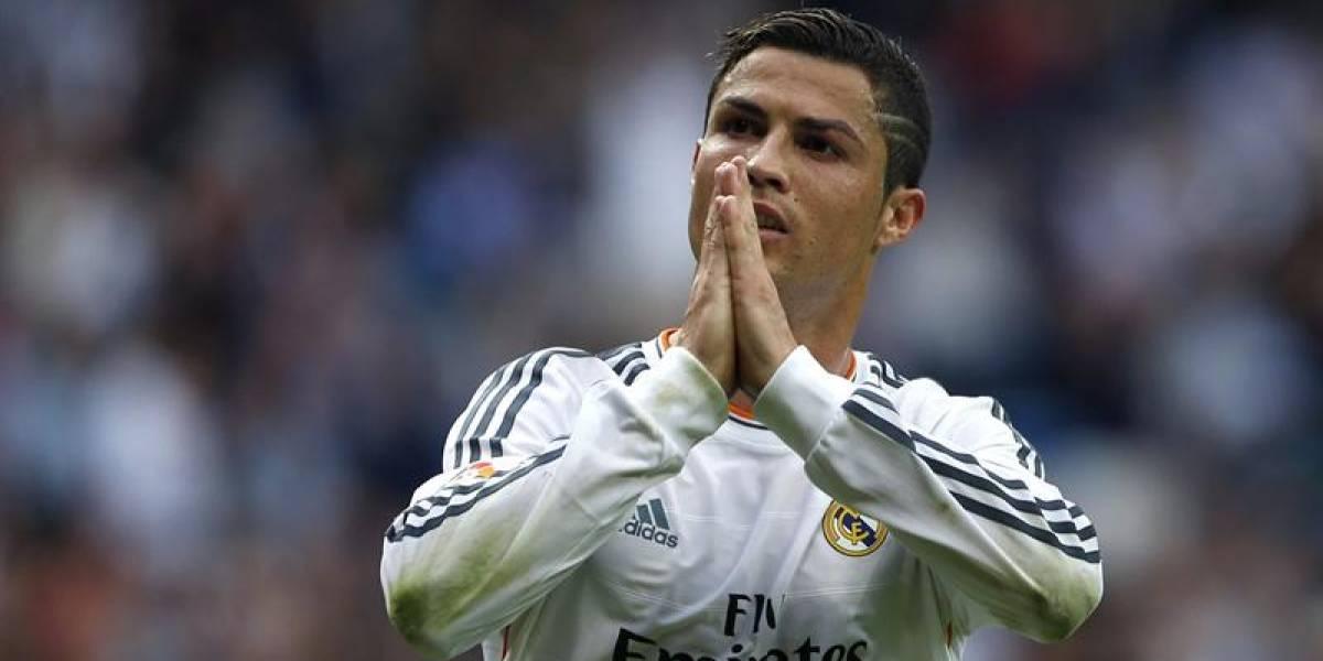 Cristiano Ronaldo hace el ridículo tratando de imitar a Ronaldinho