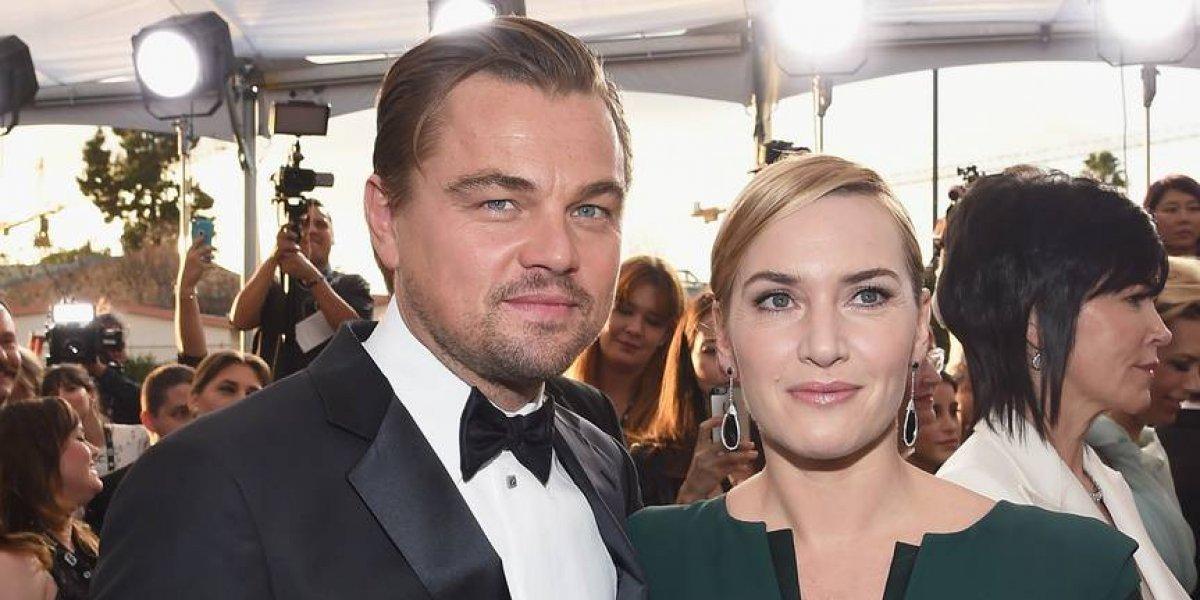 Leonardo DiCaprio y Kate Winslet captados disfrutando muy juntos en la piscina