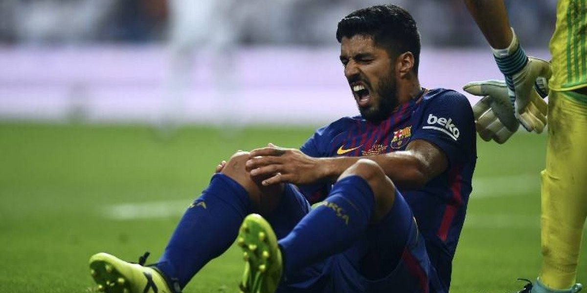 Suárez estará fuera un mes tras lesionarse en el clásico de la Supercopa