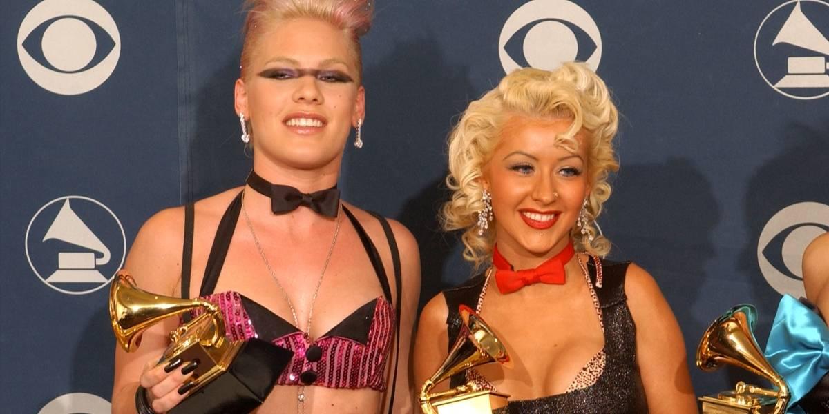 Pink nega ter feito cara feia durante performance de Christina Aguilera