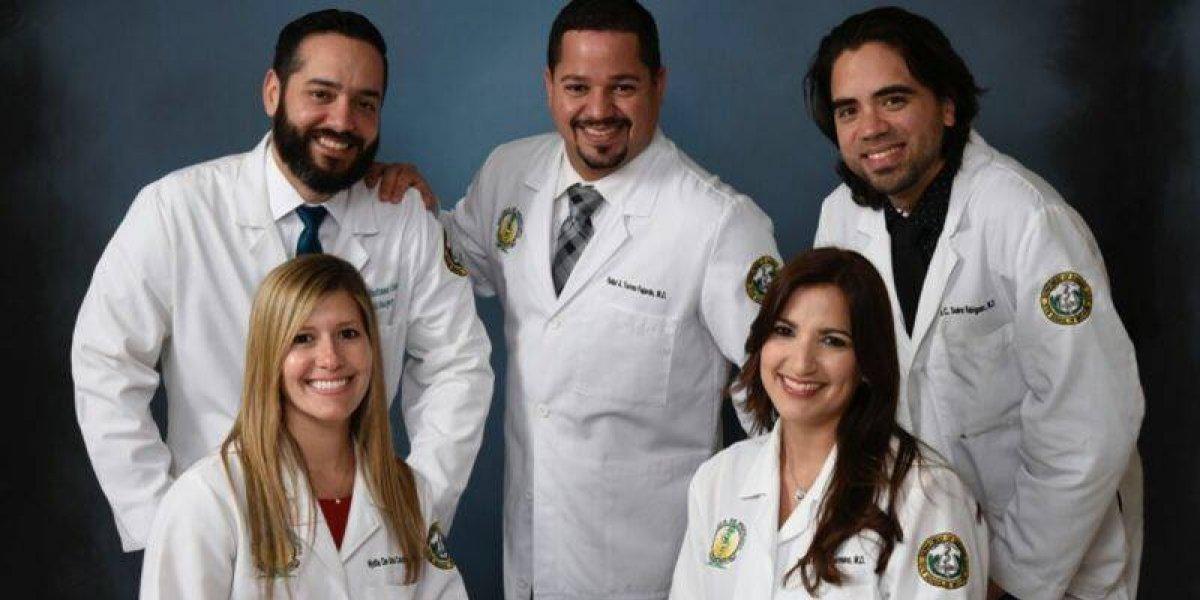 Residentes graduados de Cirugía de Ciencias Médicas aprueban exámenes en primer intento