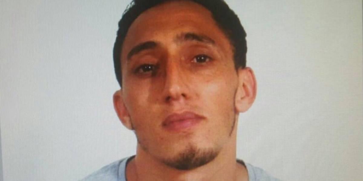 Sospechoso niega autoría en atentado de Barcelona; alega robo de identidad