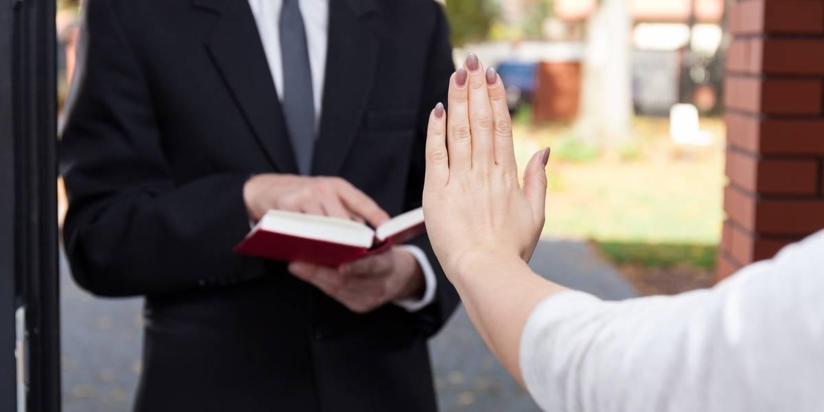 Entra en vigor en Rusia ley que veta a los Testigos de Jehová