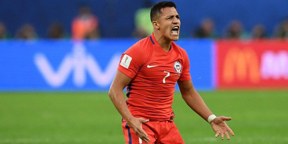 """La prensa inglesa está en """"guerra"""" con la Roja por Alexis Sánchez"""