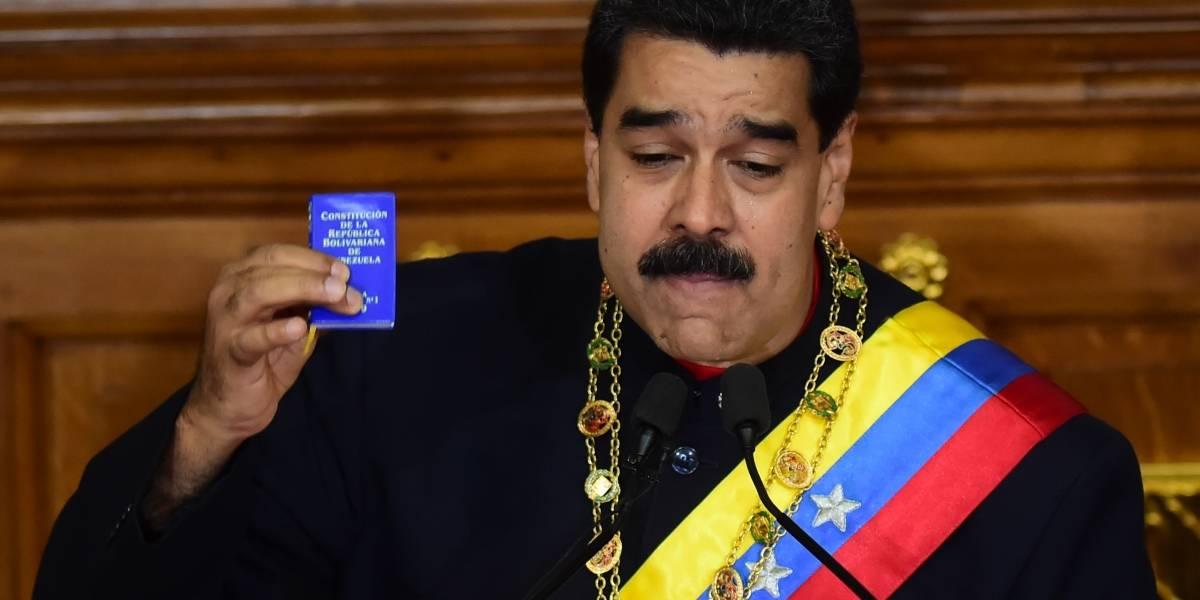 Nicolás Maduro disuelve el parlamento venezolano
