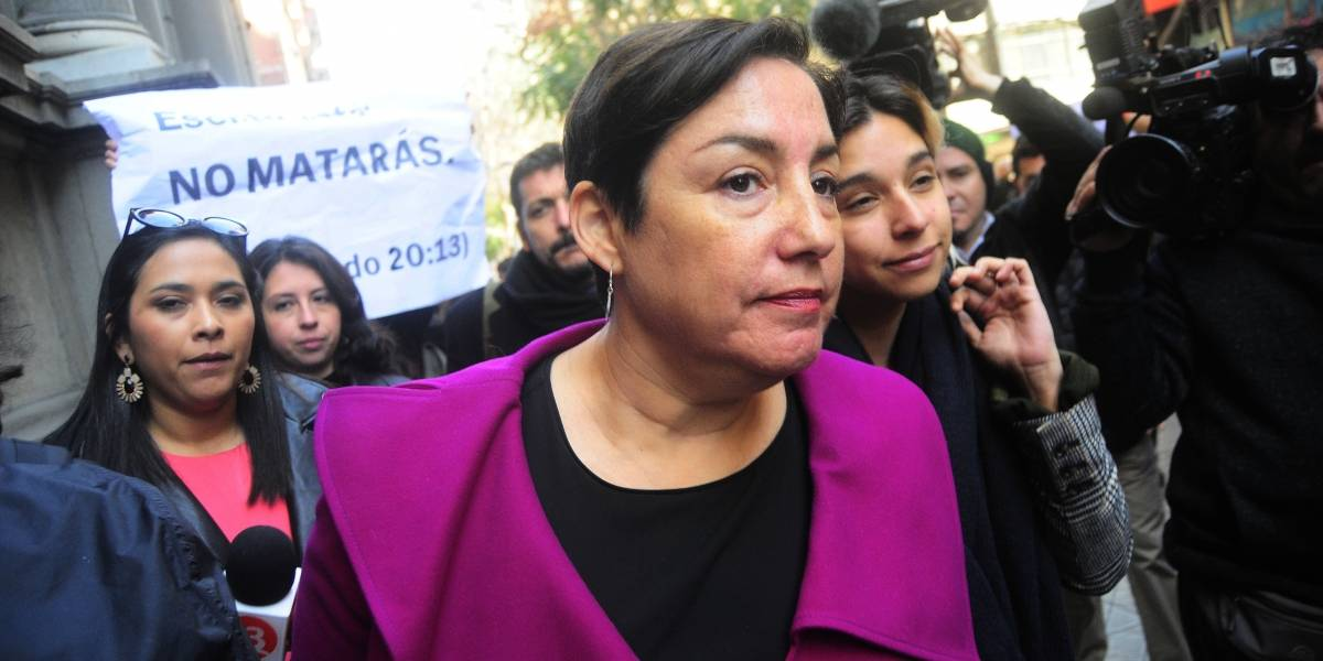 Cadem: Sánchez retrocede tras crisis del Frente Amplio y Piñera aumenta ventaja