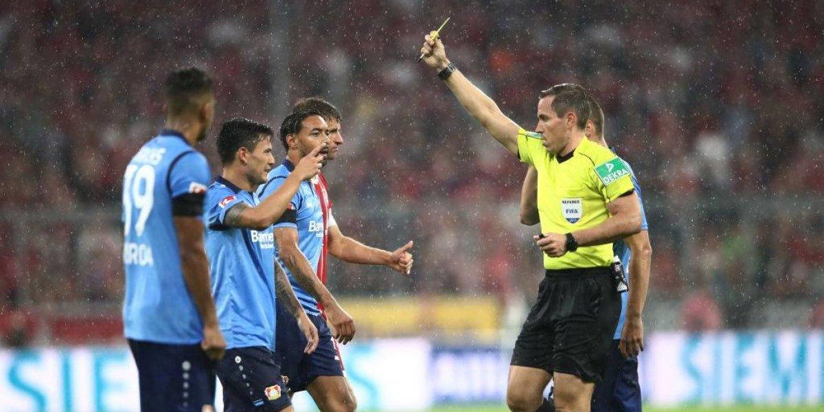"""Charles Aránguiz fue la primera """"víctima"""" del polémico VAR en la Bundesliga"""