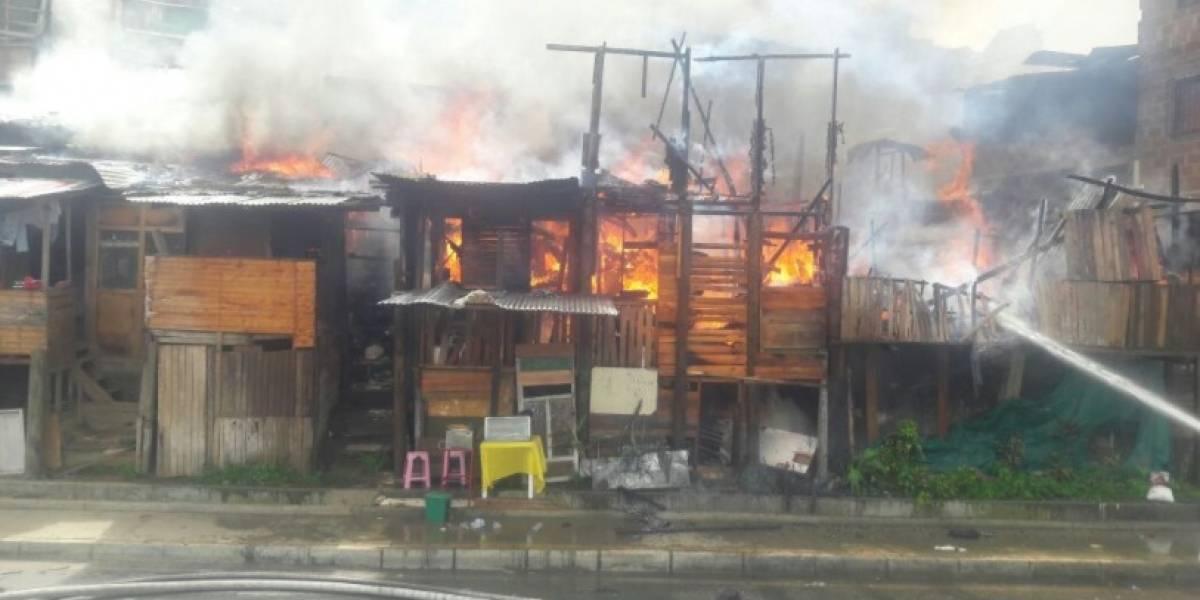 Grave incendio se registra a esta hora en Moravia al norte de Medellín