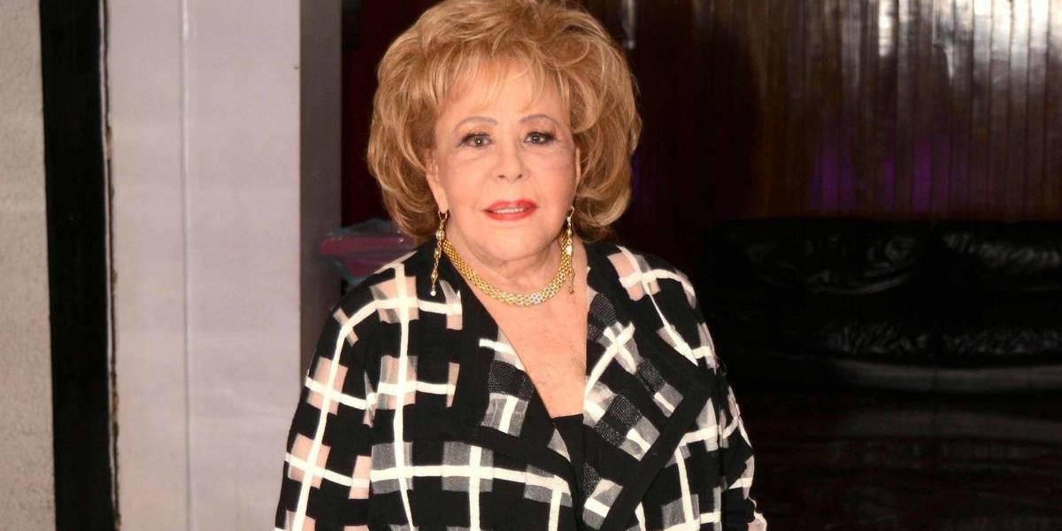 Silvia Pinal revela detalles de cuando conoció a Luis Miguel