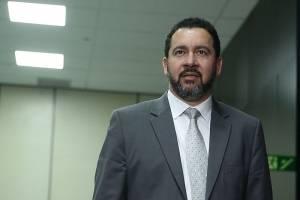Ministro do Planejamento diz que abre mão de R$ 18 mil de sua remuneração mensal