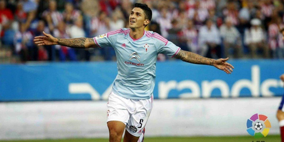 Maxi Gómez exhibió su espuela en su debut en Vigo