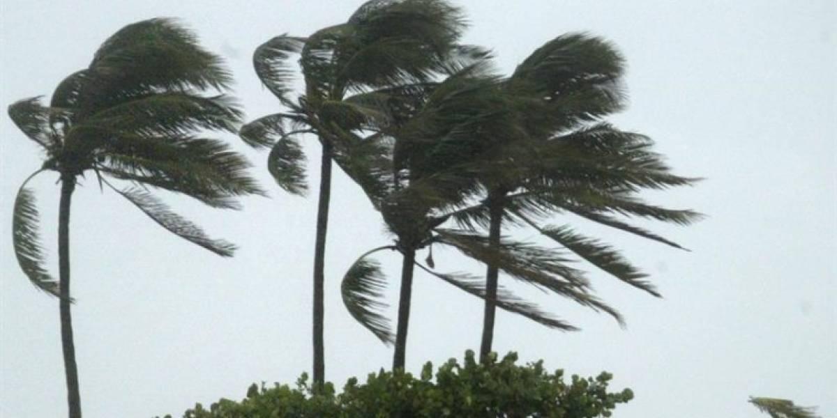 Harvey se debilita a depresión tropical a su paso por el Mar Caribe