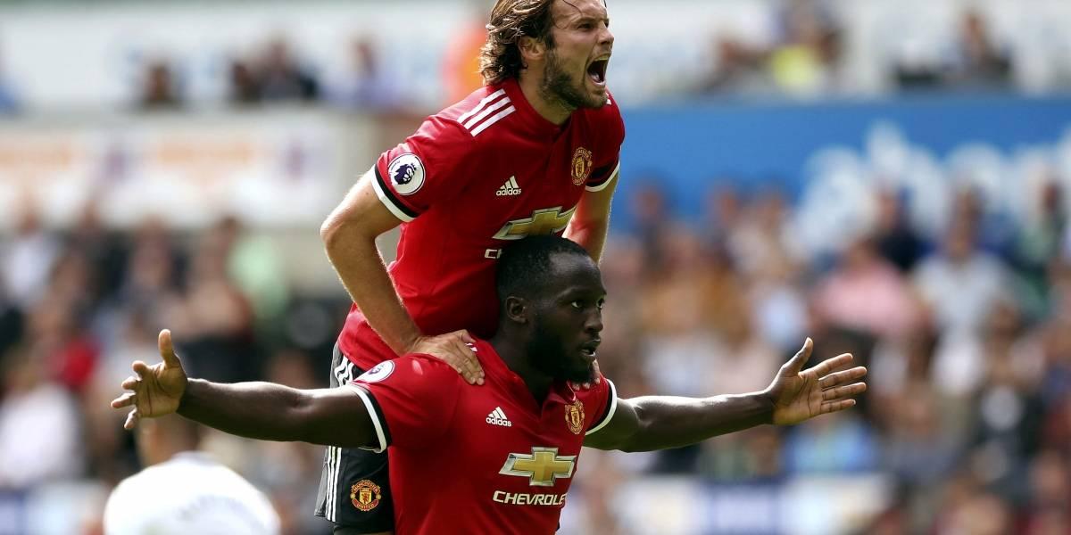 Manchester United aplastó al Swansea y sumó segundo triunfo