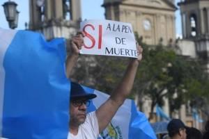 manifestantes-piden-la-pena-de-muerte.jpg