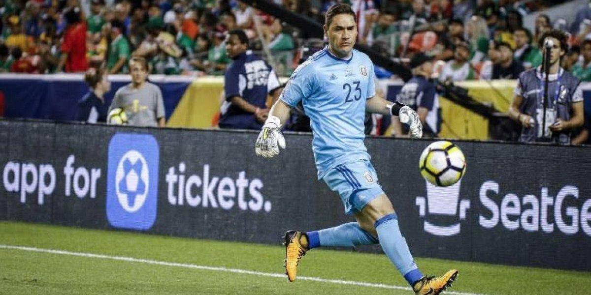 Moisés Muñoz fue olvidado por su equipo en un aeropuerto de México