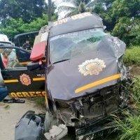 Policías mueren en accidente en ruta al Atlántico