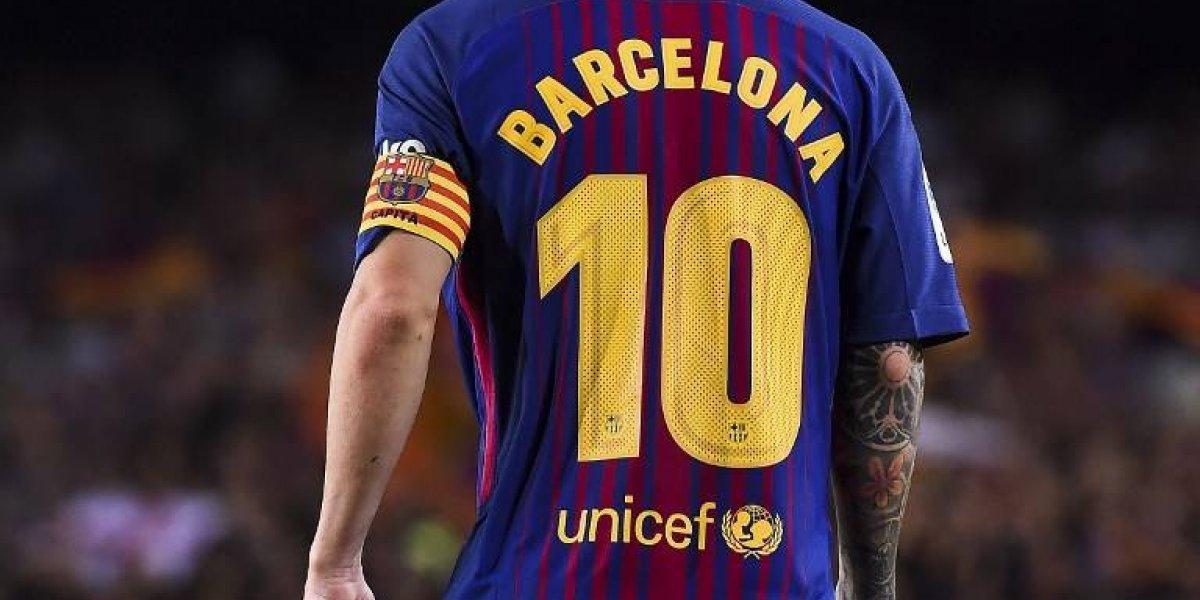 El emocionante homenaje del Barcelona a las víctimas de la tragedia en Cataluña