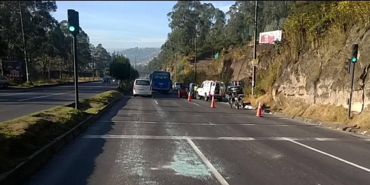 Incidente de tránsito al norte de Quito, sector Carcelén
