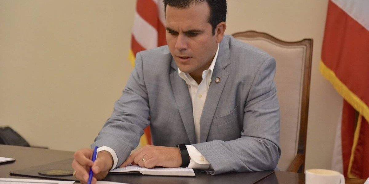 Rosselló en Dallas para reunión con la junta fiscal