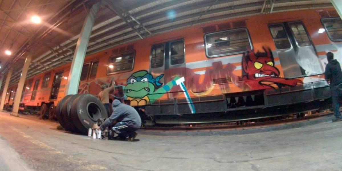 Hasta 124 mil pesos le cuesta al Metro borrar grafitis en trenes
