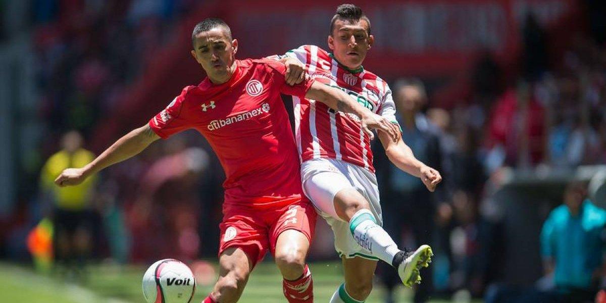 Toluca y Necaxa se quedaron sin gol y repartieron puntos en duelo de chilenos