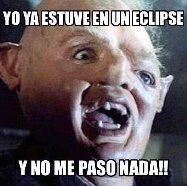 Los memes por el eclipse total de Sol