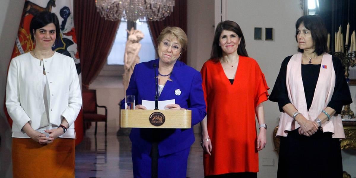 """Presidenta Bachelet por aborto: """"Chile hizo historia al derrumbar barreras y prejuicios"""""""