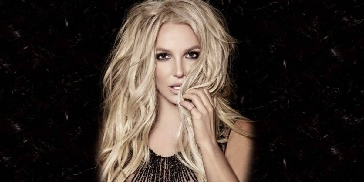 Descuido provoca que Britney Spears enseñe un seno