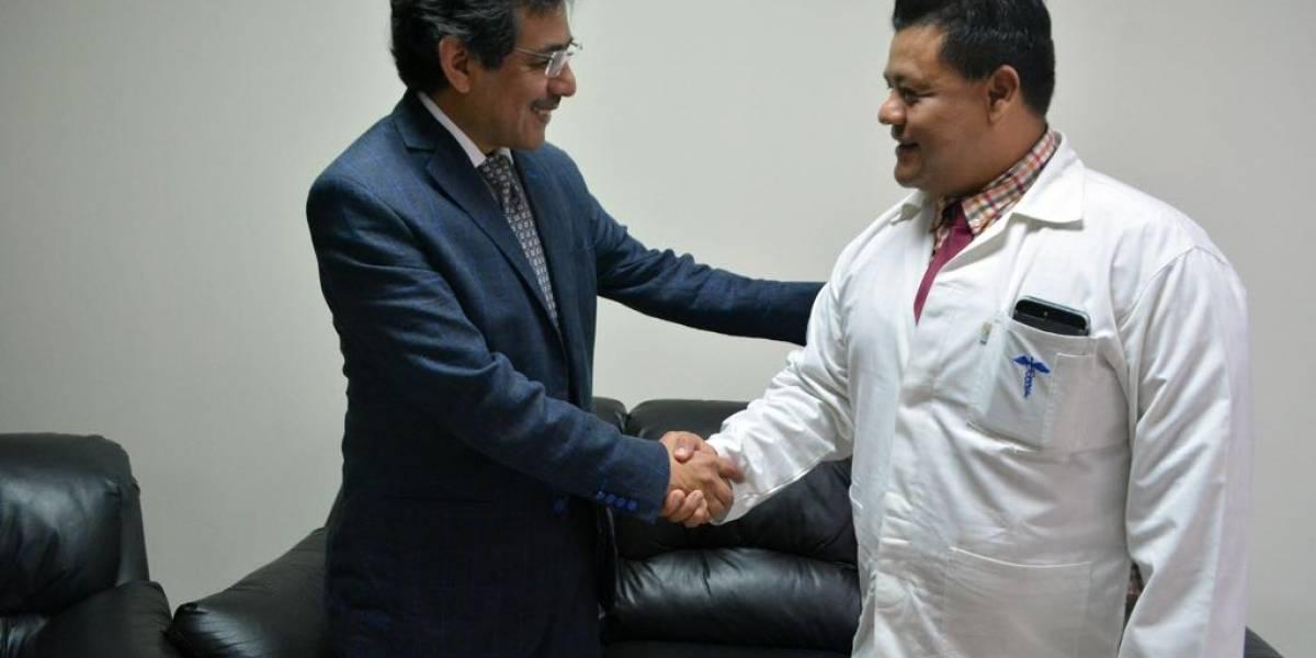 Luis Hernández es nombrado como director del Hospital General