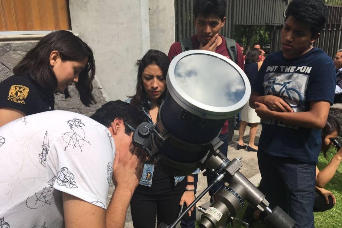 Jóvenes se reunieron en CU Foto: Nicolás Corte