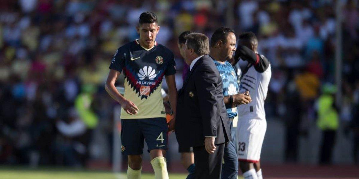 Perdonan castigos a Edson Álvarez, Jaine Barreiro y Jair Pereira