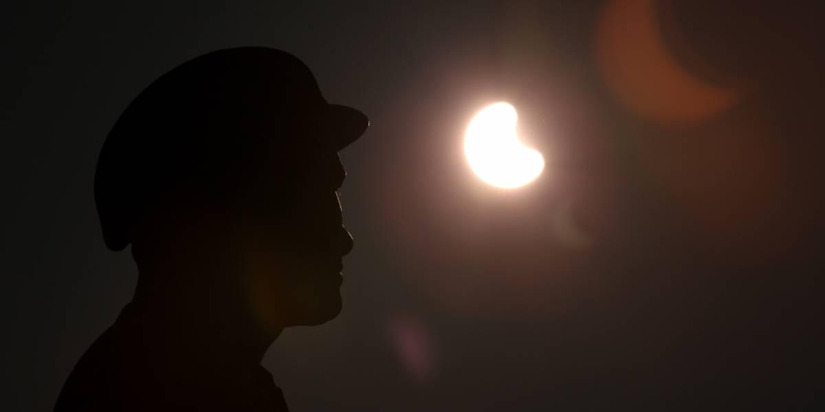 Estas son las recomendaciones para observar el eclipse solar