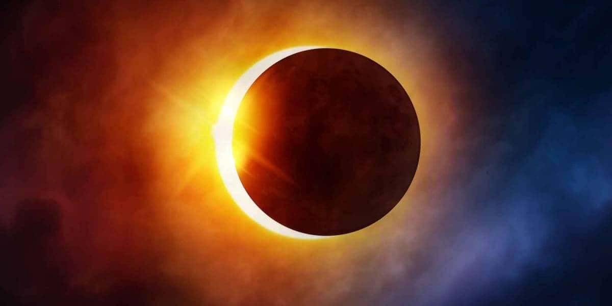 Así de espectacular se vio el eclipse desde el espacio