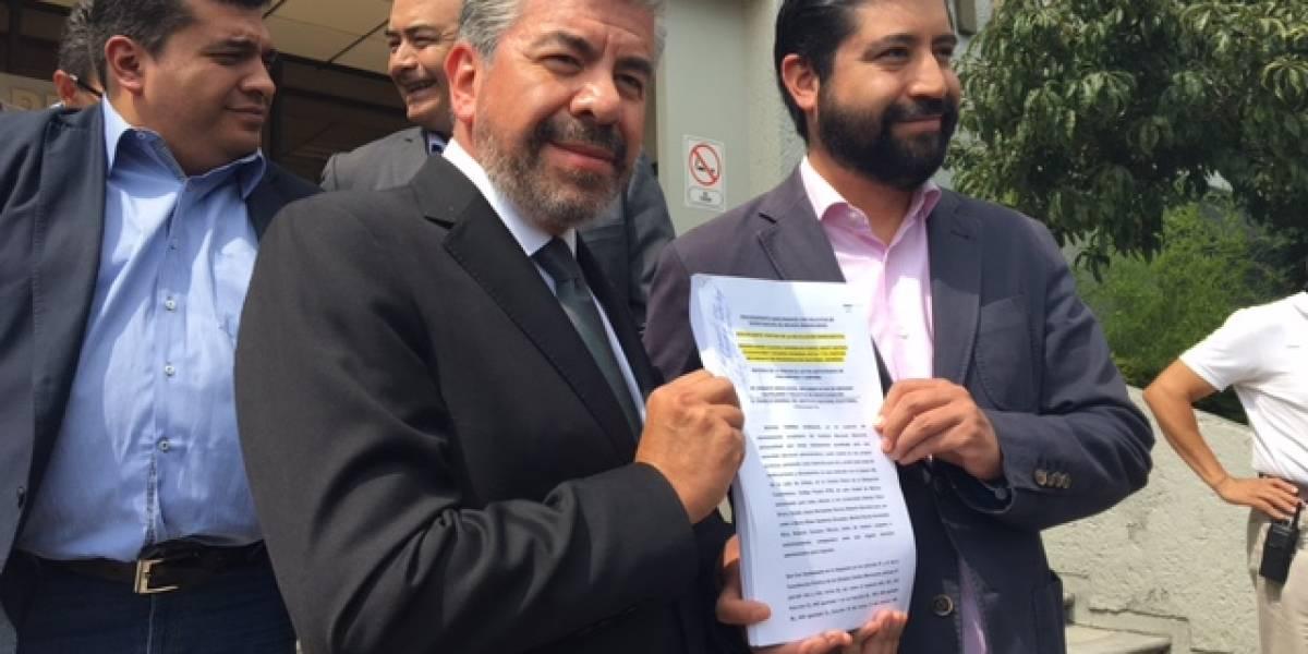 PRD interpone queja ante el INE contra Morena por actos anticipados