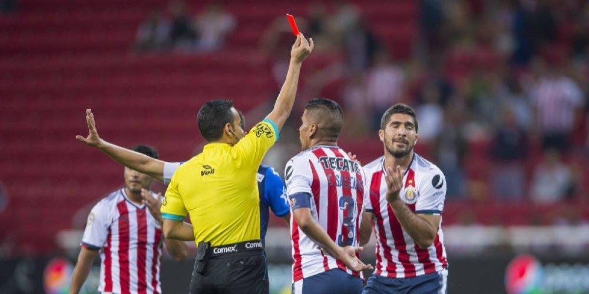 """Pereira, de Chivas, no sabe si los árbitros actúan """"con dolo"""""""