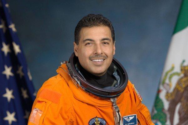 José Hernández, astronauta mexicano