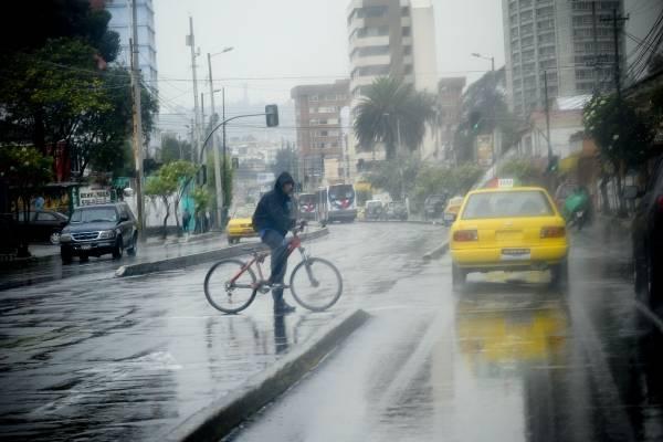 Quito: Lluvias se mantendrán en las próximas 48 horas