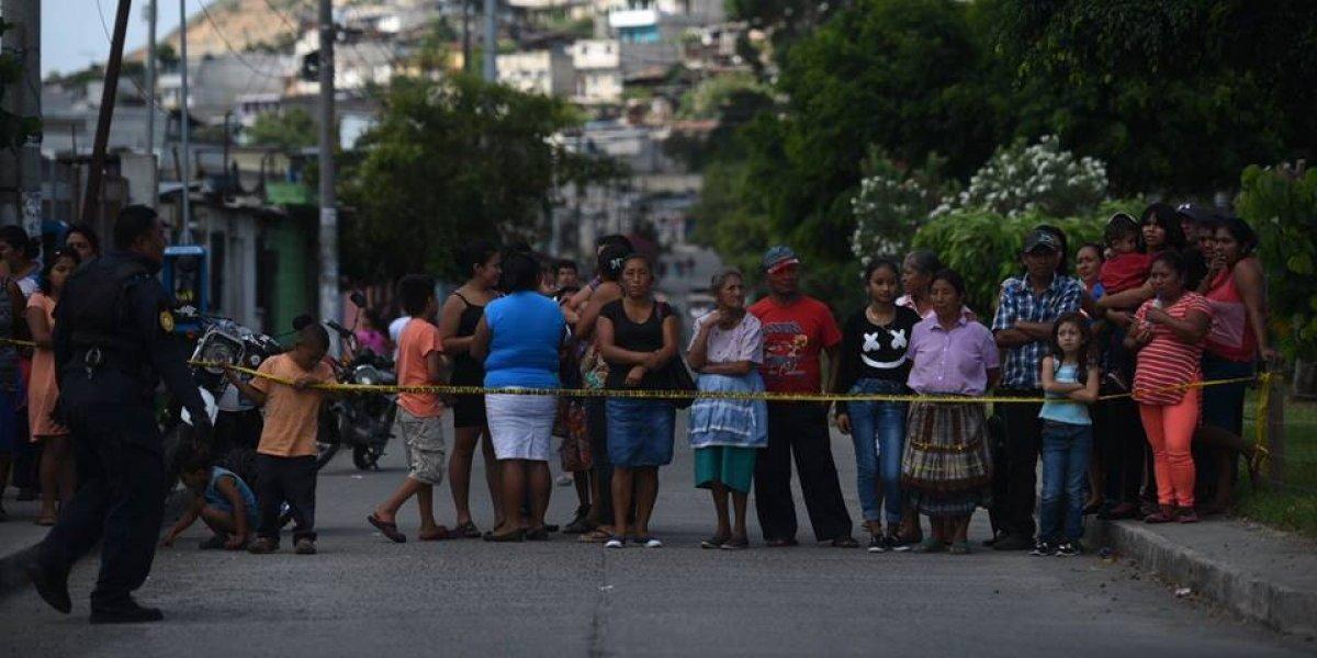 Bala perdida le quita la vida a una estudiante en Villa Nueva