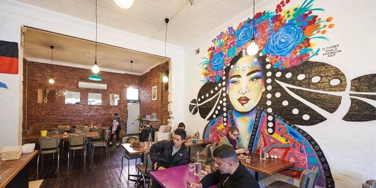 Esta es la cafetería feminista donde los hombres pagan más que las mujeres