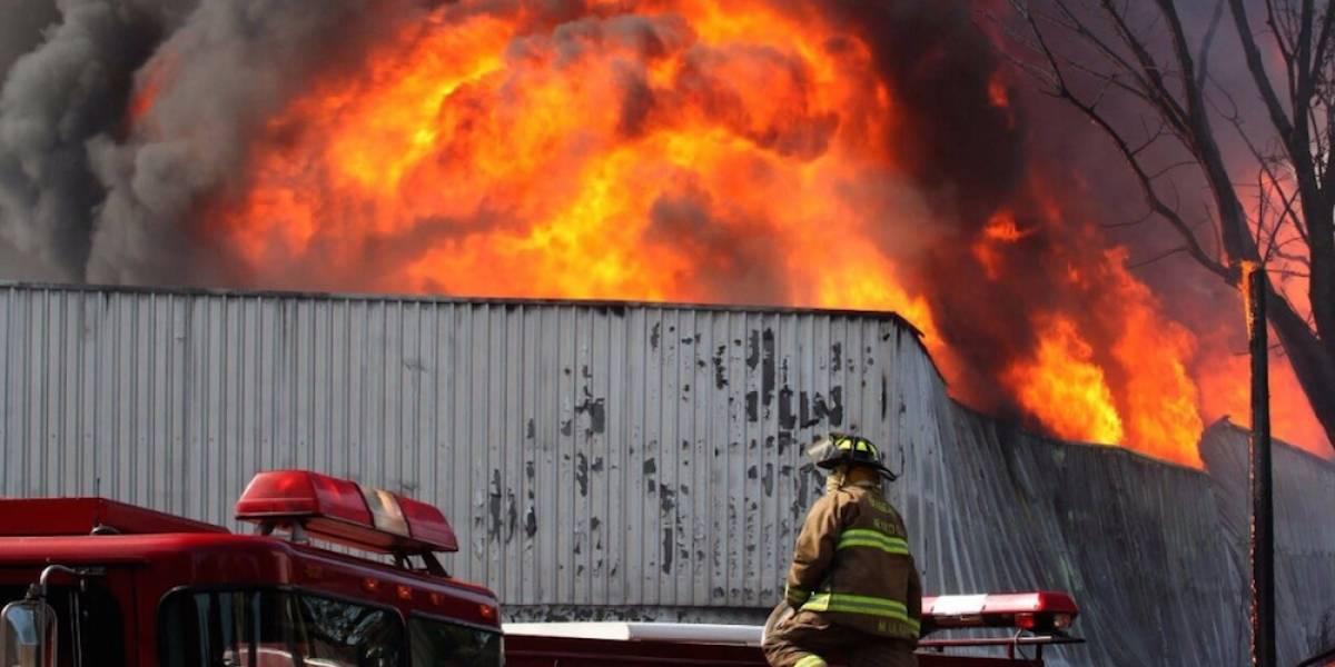 Así felicitó Enrique Peña Nieto a los bomberos en su día