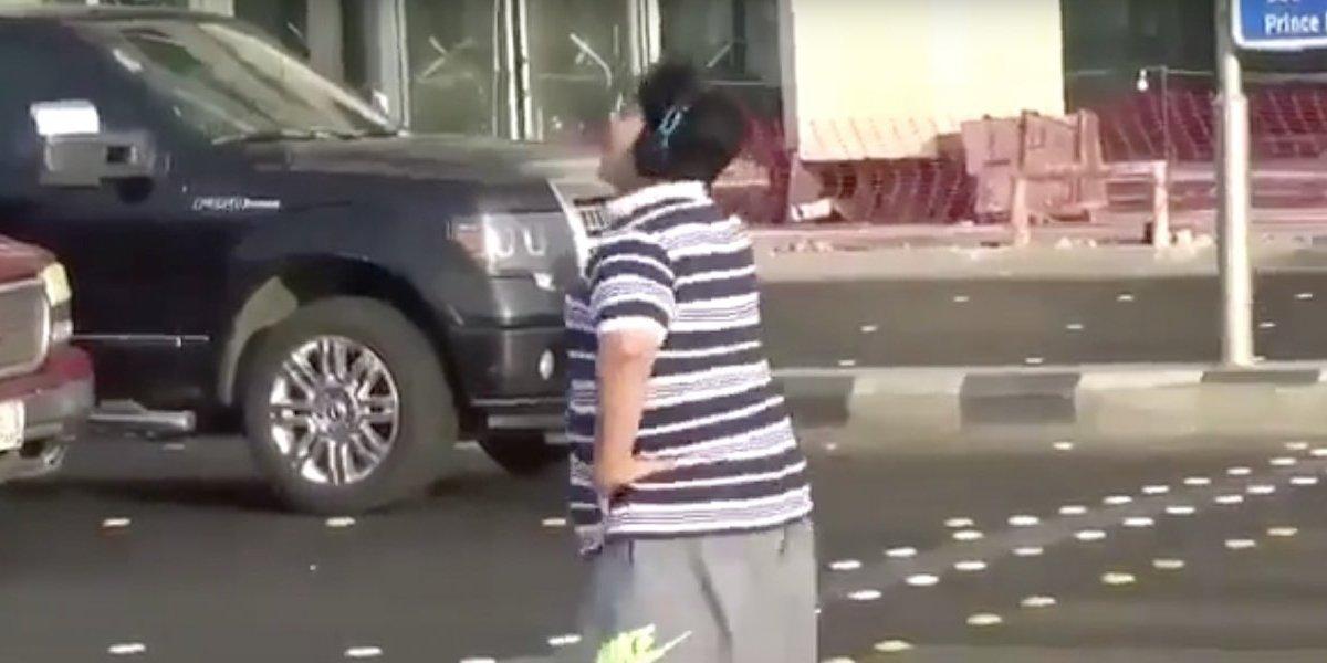 """Joven de 14 bailó """"La Macarena"""" en Arabia Saudí: se fue preso por faltar a la moral"""