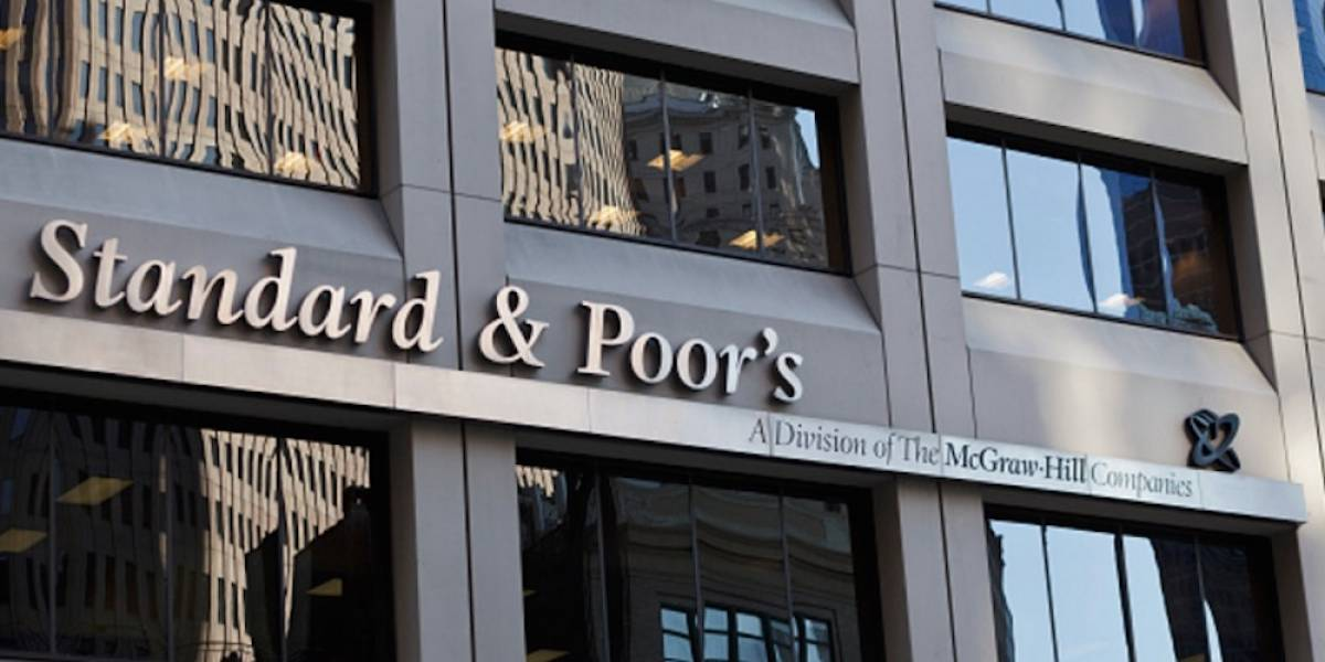 Prevé Standard and Poor's escenario complicado para el próximo presidente