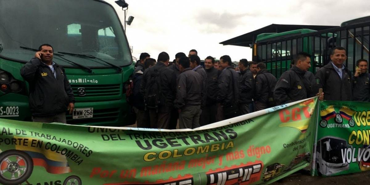 Protesta de conductores del Sitp tiene paralizada la movilidad de los alimentadores en Usme