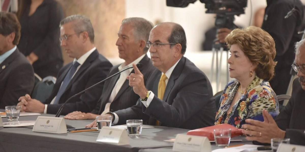 Exgobernador advierte fracaso de la JCF
