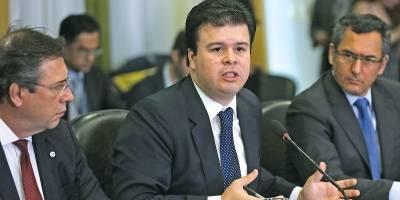 Governo quer reduzir participação da União na Eletrobras