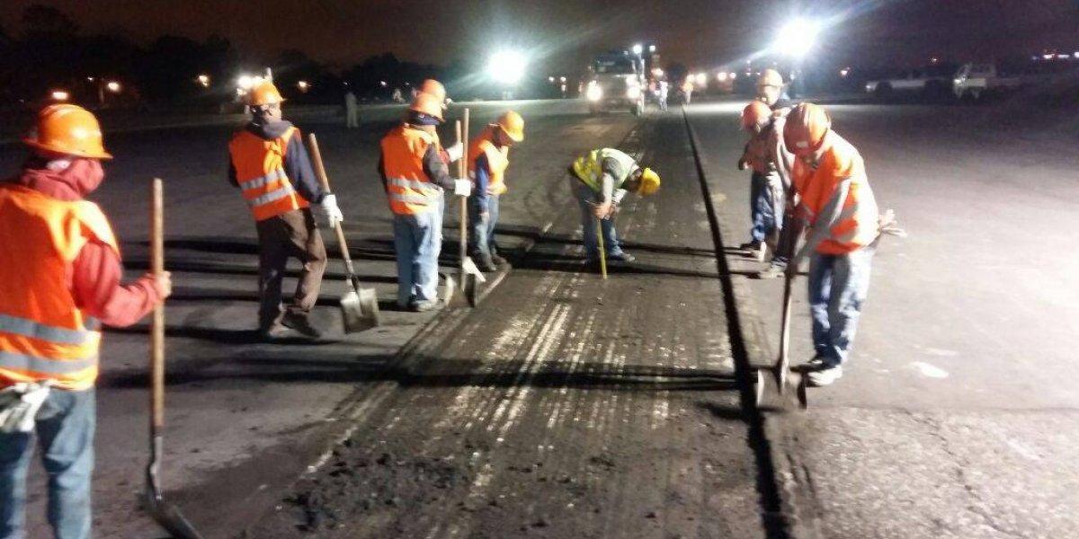 Se inicia reparación de la pista del aeropuerto La Aurora